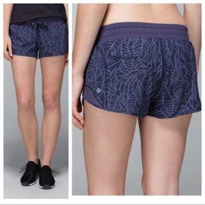 Make Offer Lululemon Hotty Hot Shorts Pretty Palm